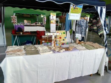 VI mercado de flores y plantas en Yesa