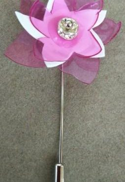 Broche Amaryllis  Rosa Blanco